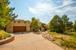 6123 Buffalo Grass Court NE, Albuquerque, NM 87111