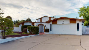 12021 PRINCESS JEANNE Avenue NE, Albuquerque, NM 87112