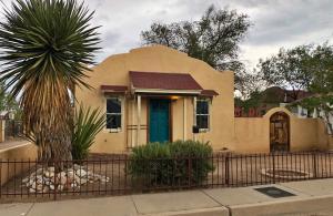 613 Iron Avenue SE, Albuquerque, NM 87102