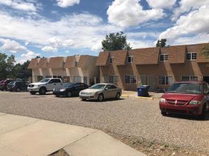 195 & 199 MONTE ALTO Place NE, Albuquerque, NM 87123