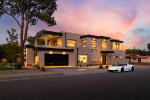 1725 ESCALANTE Avenue SW, Albuquerque, NM 87104