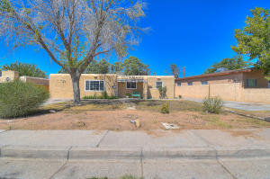 1215 CHRISTINE Street NE, Albuquerque, NM 87112