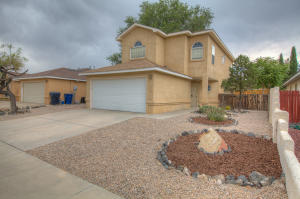 6819 MARIGOT Road NW, Albuquerque, NM 87120