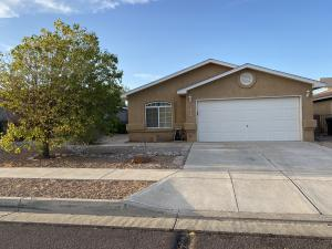 6605 COUNTRY KNOLL Court NW, Albuquerque, NM 87114