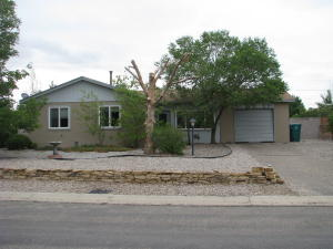 952 SUNFLOWER Drive SW, Rio Rancho, NM 87124