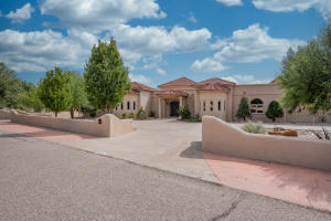 9300 RIVERFRONT Drive NW, Albuquerque, NM 87114