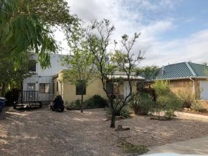 415 HARVARD Drive SE, Albuquerque, NM 87106