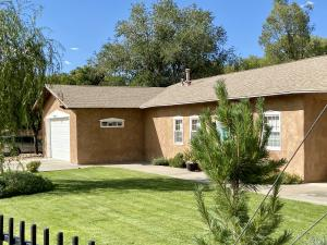 441 Robin Meadows Street NW, Albuquerque, NM 87114