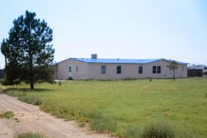 10 SIERRA VISTA Lane, Moriarty, NM 87035