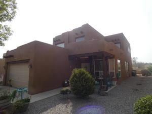 3324 LOCKERBIE Drive SE, Rio Rancho, NM 87124