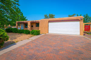 9101 Somervell Court NE, Albuquerque, NM 87112