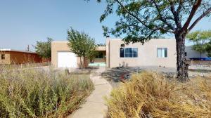 4903 S IDLEWILDE Lane SE, Albuquerque, NM 87108