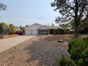 4118 CHERRYDALE Court NW, Albuquerque, NM 87107