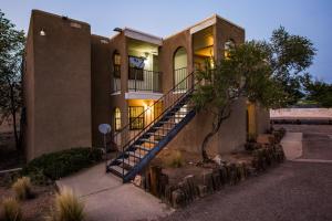 2915 Vail Avenue SE, Albuquerque, NM 87106