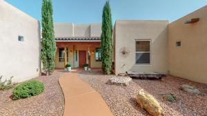 1308 44th Street NE, Rio Rancho, NM 87144