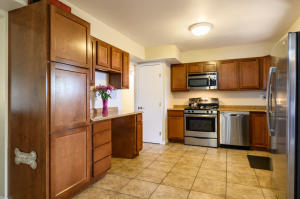 901 Carol Place NE, Albuquerque, NM 87112