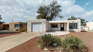 413 Mesilla Street NE, Albuquerque, NM 87108
