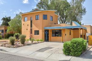 733 WELLESLEY Drive NE, Albuquerque, NM 87106