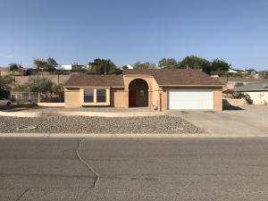 388 PYRITE Drive NE, Rio Rancho, NM 87124