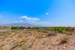 Kim Road NE, Rio Rancho, NM 87144