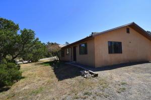14 TIERRA LINDA, Edgewood, NM 87015