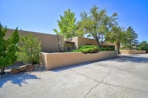 14018 ARCADIA Road NE, Albuquerque, NM 87123