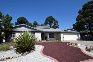 7709 SUMMER Avenue NE, Albuquerque, NM 87110