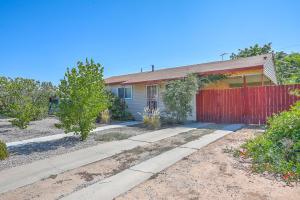 1720 Towner Avenue NW, Albuquerque, NM 87104