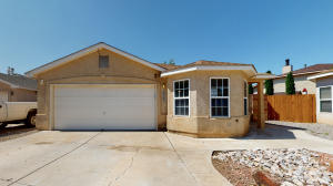1715 YARBROUGH Place NW, Albuquerque, NM 87120
