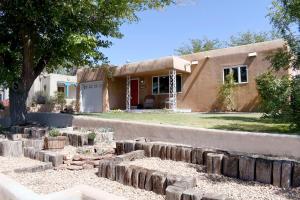 210 AMHERST Drive NE, Albuquerque, NM 87106