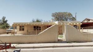 309 59TH Street NW, Albuquerque, NM 87105