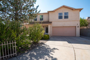 6412 SUNRAY Court NW, Albuquerque, NM 87120