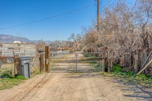 9624 THOMAS Lane NW, Albuquerque, NM 87114