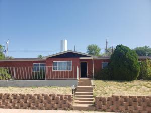 224 S 6th Street, Santa Rosa, NM 88435