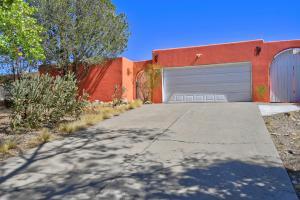 198 MONTE ALTO Place NE, Albuquerque, NM 87123