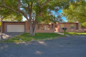 544 GOLDEN MEADOW Drive NW, Albuquerque, NM 87114