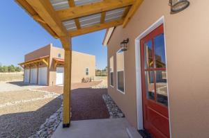 38 Serrania Drive, Edgewood, NM 87015