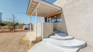 617 CUTLER Avenue NW, Albuquerque, NM 87102