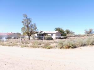 3 ERIN Court, Los Lunas, NM 87031