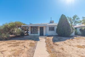 9026 CLAREMONT Avenue NE, Albuquerque, NM 87112