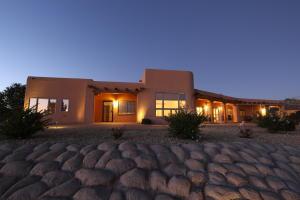 1420 GROS VENTRE Drive NE, Rio Rancho, NM 87144