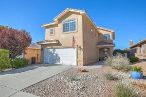 7315 Wild Olive Avenue NE, Albuquerque, NM 87113