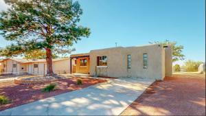 12513 NAMBE Avenue NE, Albuquerque, NM 87123