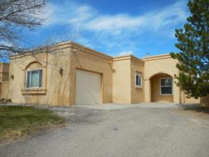 1433 LIL Avenue NE, Rio Rancho, NM 87144