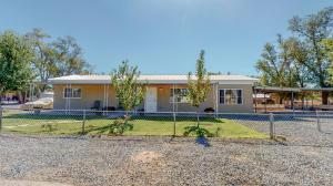 512 ABBIE Lane SW, Albuquerque, NM 87105