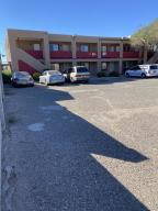 233 TEXAS Street NE, Albuquerque, NM 87108