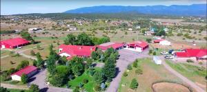 10 VALLECITOS Road, Tijeras, NM 87059