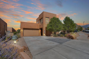 13215 SLATERIDGE Place NE, Albuquerque, NM 87111