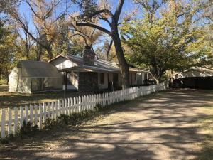 2109 GUN CLUB Road SW, Albuquerque, NM 87105