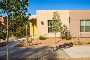 1203 IRON Avenue SW, Unit 4, Albuquerque, NM 87102